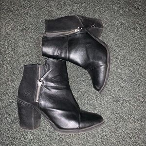 DIVIDED H&M Booties